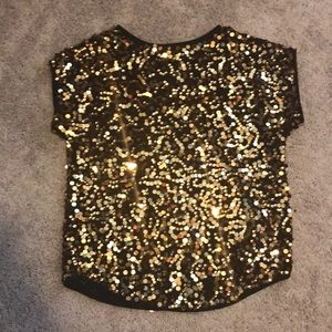 Gold sequenced top